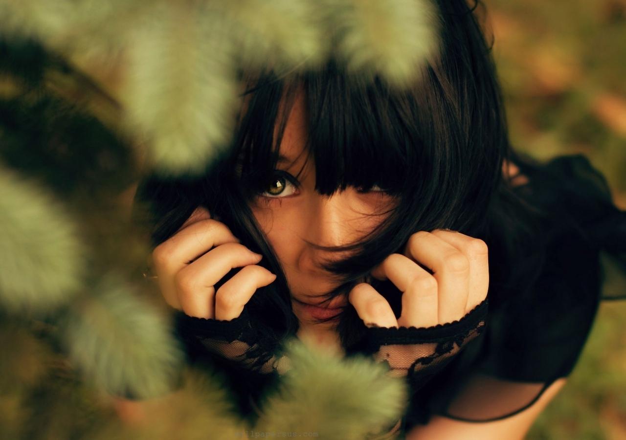 brunette_face_hair_83724_1280x900